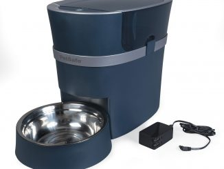 A photo of the Automatic cat feeder that we use